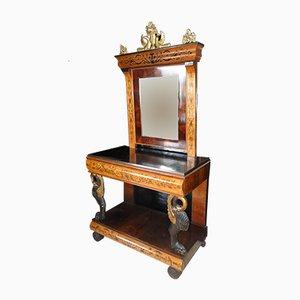 Antiker Tisch mit Spiegel