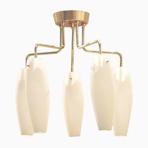 Lámpara de araña italiana de vidrio opalino y latón, años 50