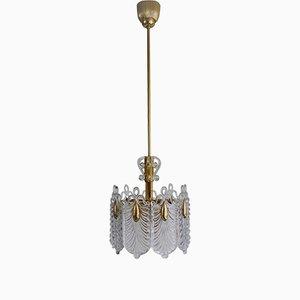 Lámpara de araña Mid-Century de latón dorado y vidrio de Kaiser Leuchten, años 60