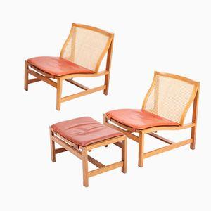Mid-Century Lounge Chairs & Stool Set de Rud Thygesen para Magnus Olesen, años 60