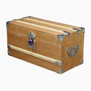 Baúl vintage de madera de lamelia con llave