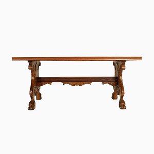 Tavolo antico in legno di noce intagliato a mano, Italia