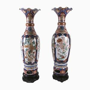 Jarrones Imari grandes de porcelana, década de 1800. Juego de 2