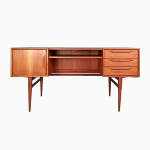 Teak Desk from Heinrich Riesenpatt Möbelfabrik, 1960s