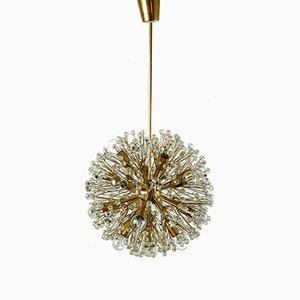 Lámpara de araña austriaca Mid-Century de cristal y latón de Emil Stejnar para Rupert Nikoll