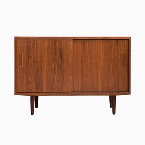 Small Mid-Century Teak Sideboard from Hundevad & Co.