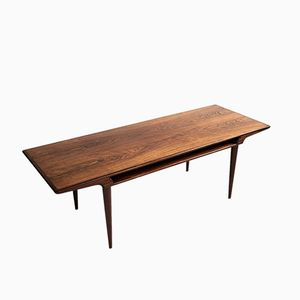 Mid-Century Rosewood Coffee Table by Johannes Andersen for Silkeborg