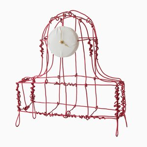 Reloj de repisa Floating Frames de aluminio anodizado de Kiki Van Eijk & Joost Van Bleiswijk