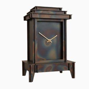Horloge One More Time en Acier Corten par Kiki Van Eijk & Joost Van Bleiswijk