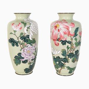 Emaillierte japanische Vasen aus Bronze, 2er Set