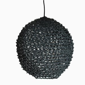 Lámpara colgante mediana de macramé negro de BEST BEFORE