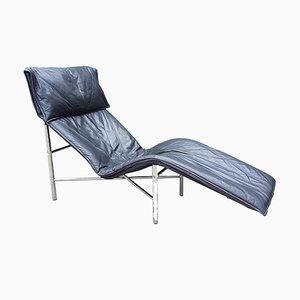 Chaise longue in pelle skai e metallo cromato di Tord Bjorklund per Ikea, anni '70