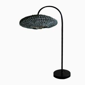 Lampada da tavolo Frisbee nera di BEST BEFORE