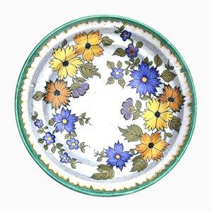 Plato holandés de cerámica con motivos florales, años 30