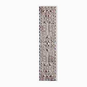 Kleine Neo-Stucco Wandtafel von Talia Mukmel