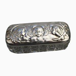 Antike Reynolds Box aus massivem Silber mit Engel-Motiven von Mitchell Bosley