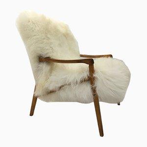Vintage Sessel mit Gestell aus Bugholz & Bezug aus weißem Schaffell von TON, 1960er