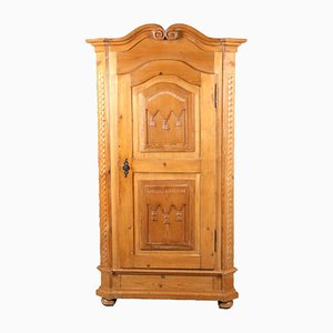 Antiker barocker Kleiderschrank aus Weichholz