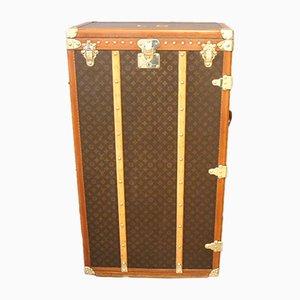 Mid-Century Kiste aus Leinen mit Monogrammen von Louis Vuitton