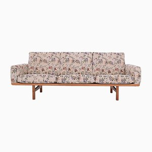 Canapé Vintage en Chêne par Hans J. Wegner pour Getama, 1960s