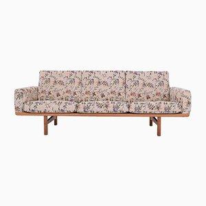Sofá vintage de roble de Hans J. Wegner para Getama, años 60