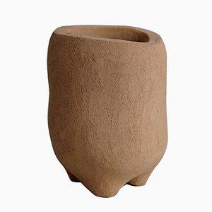 Vase à Pieds 27 par Yasmin Bawa, 2019