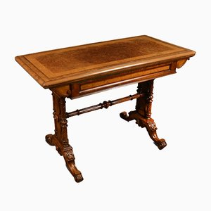 Table de Jeux Antique Victorienne en Noyer
