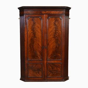 Antique George III Mahogany Wall Hanging Corner Cabinet