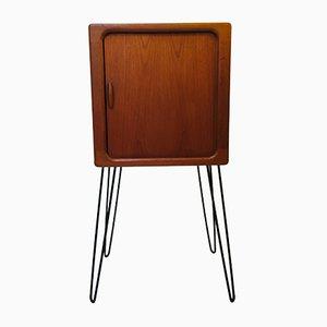 Kleines Sideboard aus Teak mit Hairpin-Beinen von Dyrlund, 1960er