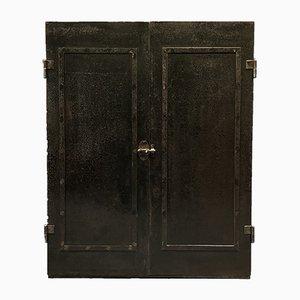 Mueble de taller de acero remachado oscuro, años 20