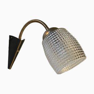 Moderne skandinavische Wandlampe aus Messing & Glas, 1950er