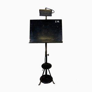Verstellbarer schwarzer industrieller Zeichentisch aus Stahl mit Lampe, 1930er