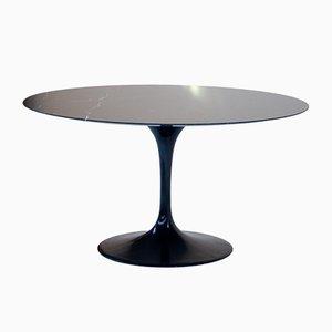 Tavolo Tulip nero di Eero Saarinen per Knoll International, anni '60