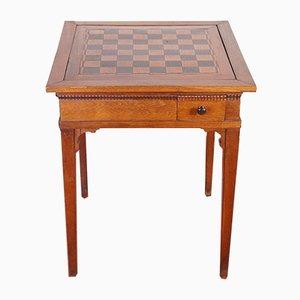 Mesa de juegos antigua de roble con ajedrez
