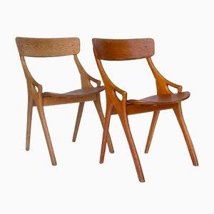 Sedia da pranzo in quercia di Arne Hovmand-Olsen, 1958, set di 2