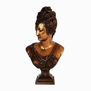 Buste de Diane de Poitiers Antique en Bronze par Jean Goujon