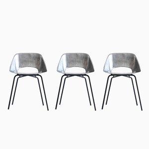 Tonneau Stühle aus gegossenem Aluminium von Pierre Guariche, 1950er, 3er Set