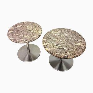 Mesas auxiliares de mármol y acero, años 80. Juego de 2