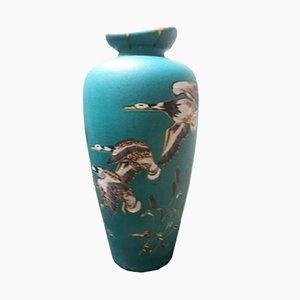 Jarrón de cerámica con patos en vuelo, años 50