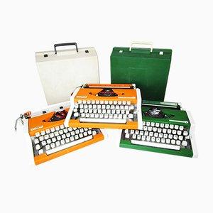 Macchine da scrivere Traveller de Luxe di Olympia, anni '60, set di 3