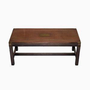 Tavolino militare antico in mogano e ottone di Kennedy Furniture