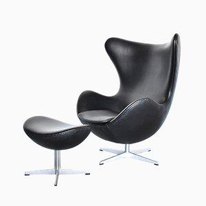 Egg chair nr. 3316 e sgabello di Arne Jacobsen per Fritz Hansen, 1984