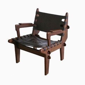 Armlehnstuhl mit Gestell aus Holz & Sitz aus Leder von Angel I. Pazmino für Muebles de Estilo, 1960er