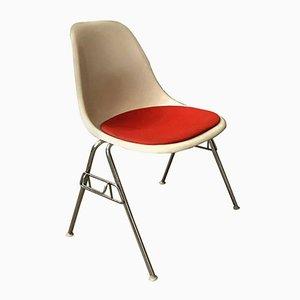 Chaise d'Appoint Empilable en Fibres de Verre par Charles & Ray Eames pour Herman Miller, 1948