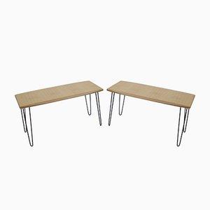 Mesa de centro de roble con patas de horquilla, años 60. Juego de 2