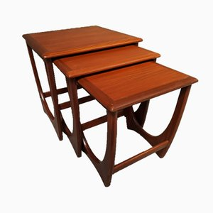 Tavolini ad incastro di Victor Wilkins per G-Plan, anni '60