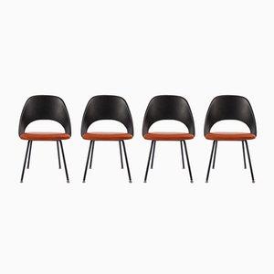 Sillas serie 71 de Eero Saarinen para Knoll International, años 60. Juego de 4