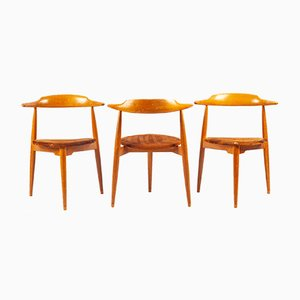 Heart Chairs by Hans Wegner for Fritz Hansen, 1960s, Set of 3