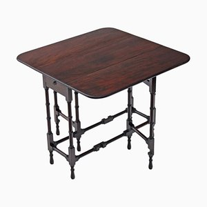 Tavolino da tè antico in mogano