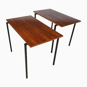 Mesas auxiliares apilables minimalistas de nogal y acero, años 60. Juego de 2